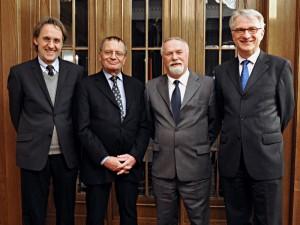 v.l.n.r.: Prof. Dr. Klaus-Dietmar Henke, Prof. Dr. Jost Dülffer, Prof. Dr. Rolf-Dieter Müller, Prof. Dr. Wolfgang Krieger